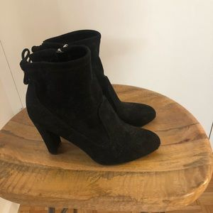 Marc Fisher Justice Booties in Black size 7.5